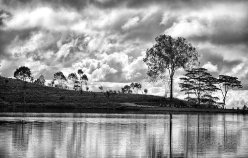 10 points-The Lake-Gitanjali Mawalagedera