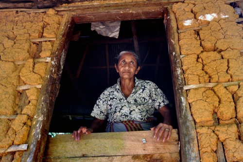 13 points-[Small hut]-Chandana Wickramaarachchi