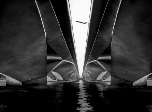 9 points-Under the Bridge-R H Samarakone
