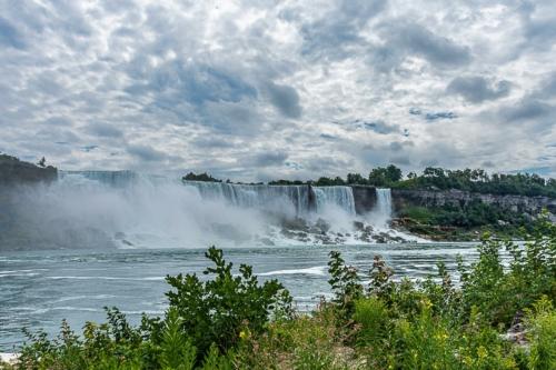 9 points-Niagara Falla Canada-Mervyn Perera
